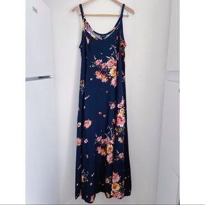 Torrid Size 12 Floral Maxi Dress